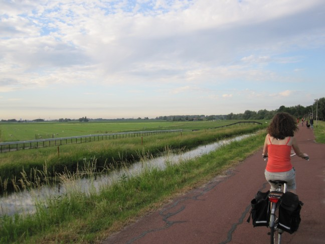 riding dutch bike