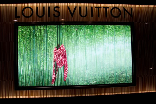 Yayoi Kusama for Louis Vuitton Madrid